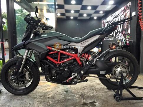 Ducati Hypermotard 821 nhẹ nhàng trên đôi chân YSS