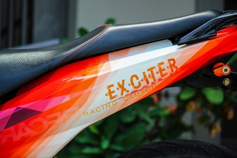Exciter 150 sơn tem đấu theo phong cách siêu xe Lamborghini