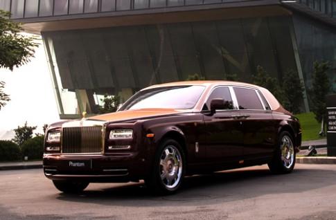 'Hàng thửa' Rolls-Royce Phantom Lửa thiêng về Việt Nam