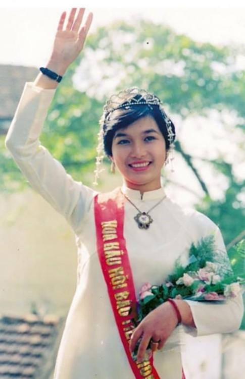 Hoa hậu Việt Nam: Tiết lộ số đo của 14 hoa hậu gần 30 năm qua