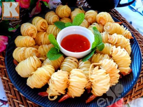 Khoai tây cuộn tôm món ngon đãi khách