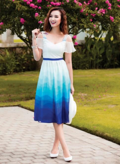 Lã Thanh Huyền đẹp xuất sắc với gam màu xanh thanh mát