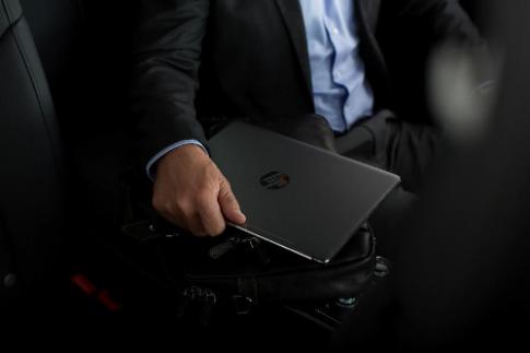 Laptop HP mỏng, nhẹ cho doanh nhân
