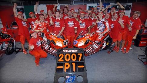 Năm 2007 đi vào lịch sử khi Ducati giành danh hiệu Moto GP Thế giới lần đầu tiên