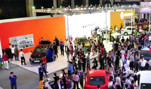 Renault tung xe gia 'mem' cho khach hang Viet