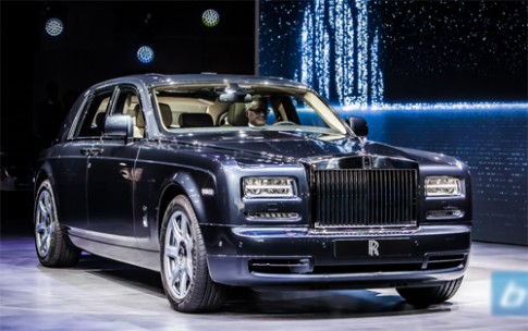 Rolls-Royce triệu hồi Phantom vì lỗi túi khí