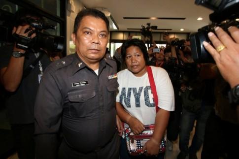 Thái Lan: Đi tù 15 năm vì viết 1 từ trên Facebook?