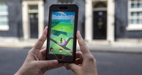 Thai phụ ở Đài Loan bị mù mắt vì nghiện chơi Pokemon Go