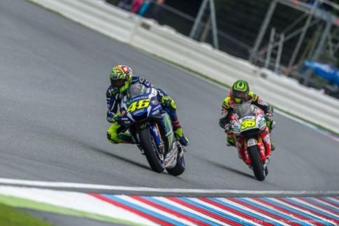Valentino Rossi đã rất nỗ lực để kết thúc chặng đua Czech ở vị trí thứ 2