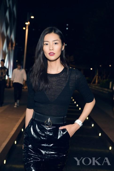 Váy áo hàng hiệu đáng ao ước của siêu mẫu giàu nhất châu Á