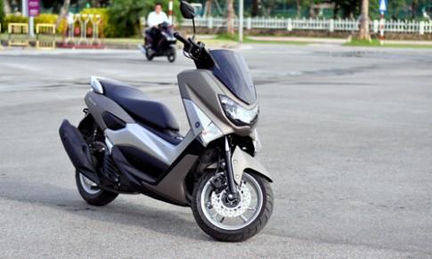 Yamaha NM-X va Honda SH - cuoc chien xe ga cao cap moi