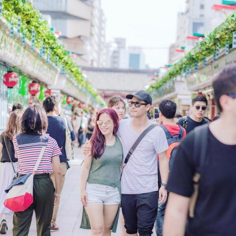 11 năm kết hôn, MC Phan Anh hiếm chia sẻ hình vợ, một khi khoe là siêu lãng mạn
