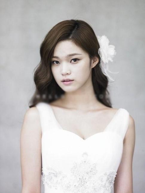 9 kiểu tóc cô dâu Hàn Quốc đẹp đơn giản quyến rũ 2017