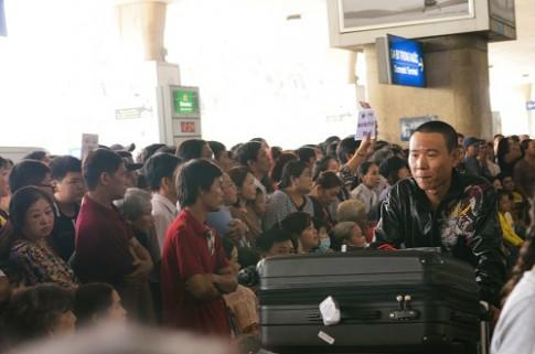 9 ngày Tết, sân bay Tân Sơn Nhất phục vụ gần 1 triệu hành khách