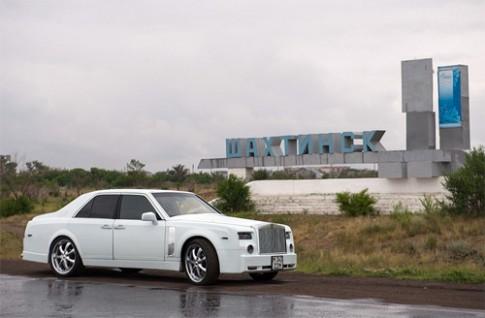 Ảnh Mercedes lột xác thành Rolls-Royce Phantom
