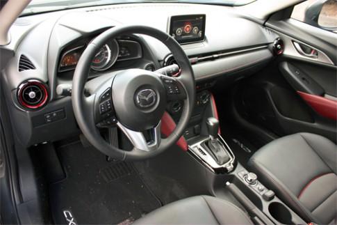 Ảnh nội thất Mazda CX-3 2016
