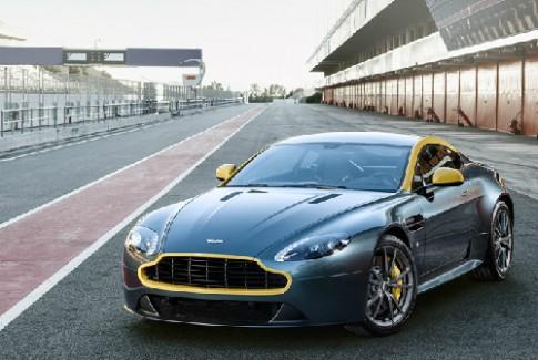 Aston Martin sắp về tay Mercedes?