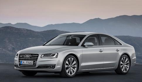 Audi A8 2015 có giá từ 77.400 USD