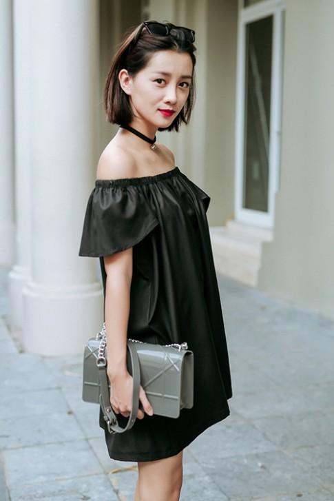 BTV thể thao hot nhất nhì Việt Nam gợi ý mặc đẹp với màu ghi, đen