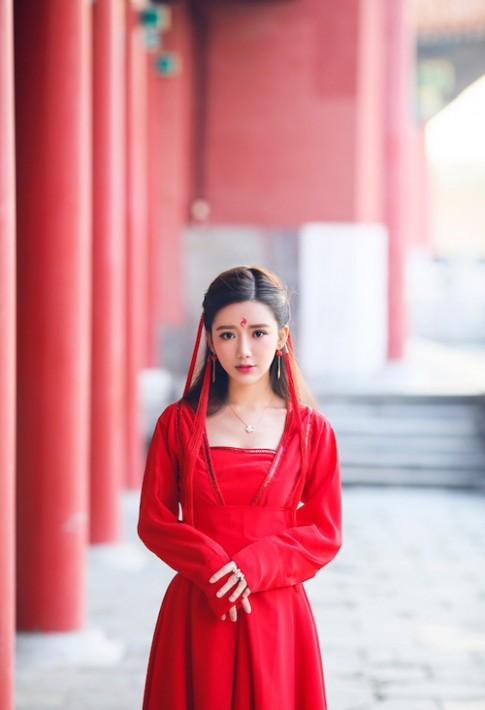 Búp bê sống đến từ Trung Quốc khiến cư dân mạng tan chảy vì vẻ đẹp ngọt ngào