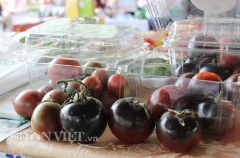 Cà chua đen chocolate 180.000 đồng/kg được săn lùng