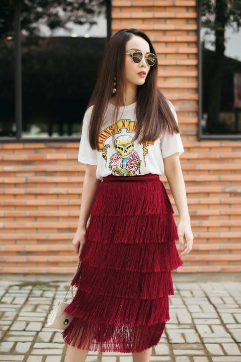 Cặp chị em sành điệu nhất Việt Nam mách cách che bụng mỡ hiệu quả từ váy áo giá rẻ