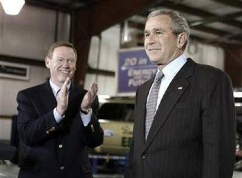 CEO Ford cứu tổng thống Mỹ chỉ là chuyện đùa