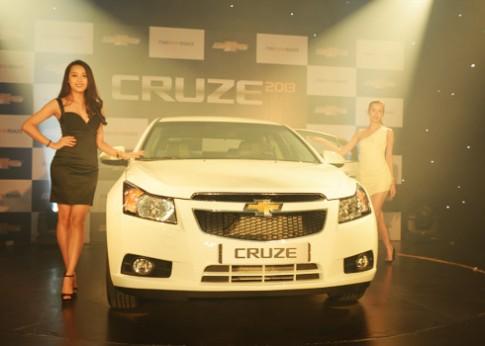 Chevrolet Cruze 1.8AT 2013 gia 649 trieu tai Viet Nam