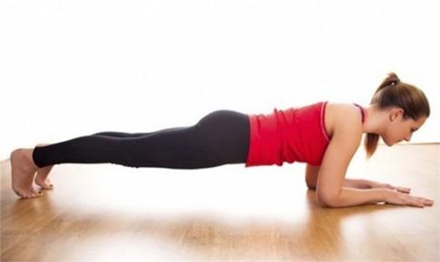 Chỉ cần nằm trên giường, bạn đã có 5 bài tập giúp giữ mãi vóc dáng siêu chuẩn