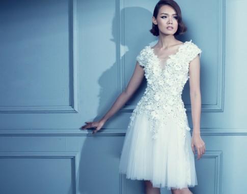 Cô dâu mùa cưới 2017 mặc càng tinh giản càng đẹp thanh khiết