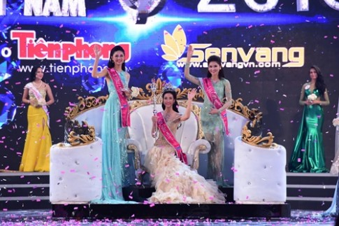 Đỗ Mỹ Linh là Hoa hậu nhận được quà tặng khủng nhất trong lịch sử HHVN