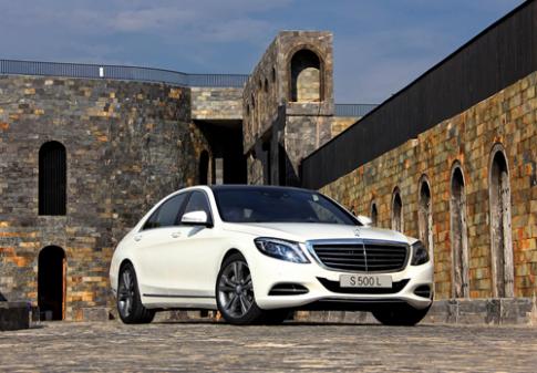 Đội hình trong mơ của Mercedes-Benz tại Fascination 2014
