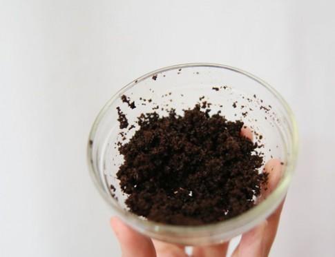 Dùng bã cà phê theo cách này, vết rạn da nào cũng sẽ biến mất