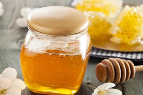 Dưỡng da bằng mật ong trước khi ngủ và kết quả sau một đêm sẽ khiến bạn bàng hoàng