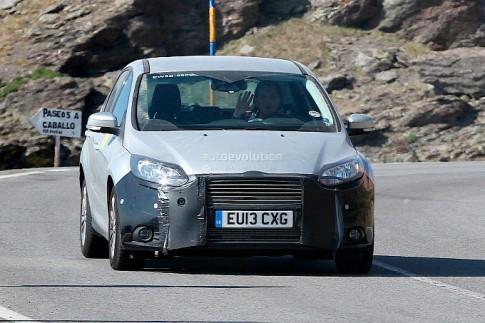 Ford Focus bản nâng cấp lộ diện trên đường thử