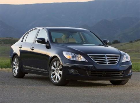 GM va Toyota 'mo xe' Hyundai Genesis
