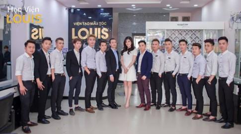Hà Nội: Chuỗi salon tóc thu hút hàng nghìn khách mỗi ngày.
