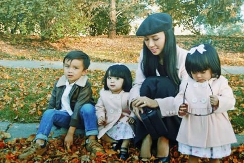 Hai công chúa sinh đôi đáng yêu nhà MC Huyền Ny