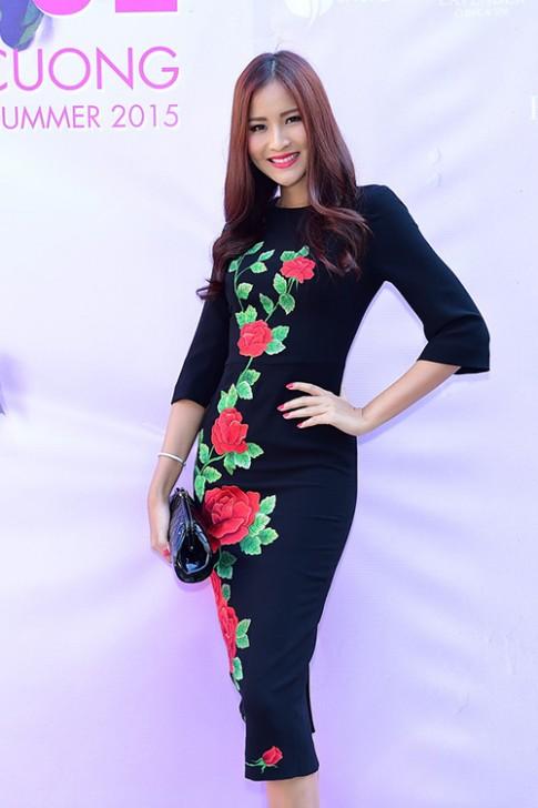 Hoa hậu Hoàn vũ Thái Lan lần thứ 5 sang Việt Nam xem thời trang