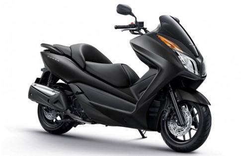 Honda Forza 300 mới giá 4.500 USD
