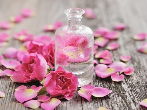Làm nước hoa thơm ngào ngạt cả ngày bằng những thủ thuật nhỏ