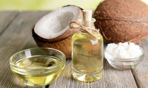 Làn da bị phá hủy vì thói quen dùng dầu dừa sai cách của hàng nghìn chị em