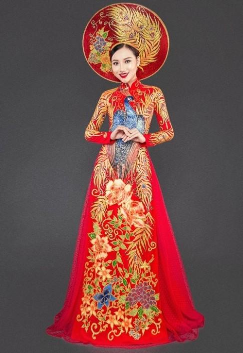 Mỹ nữ thi Hoa hậu châu Á khoe áo dài chim công lộng lẫy