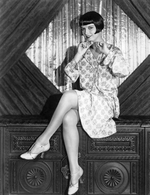 'Phụ nữ thảnh thơi' với thời trang thập niên 20