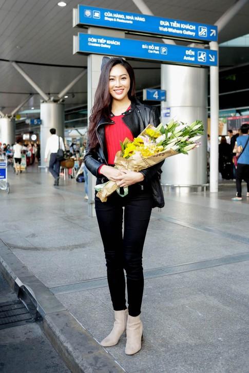 Sau thừa nhận dao kéo, Diệu Ngọc đem 100kg hành lý thi Hoa hậu thế giới