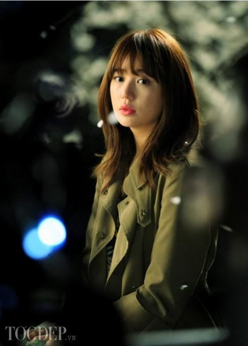 Tóc ngắn ngang vai đẹp Hàn Quốc 2017 đầy cá tính cho nàng công sở