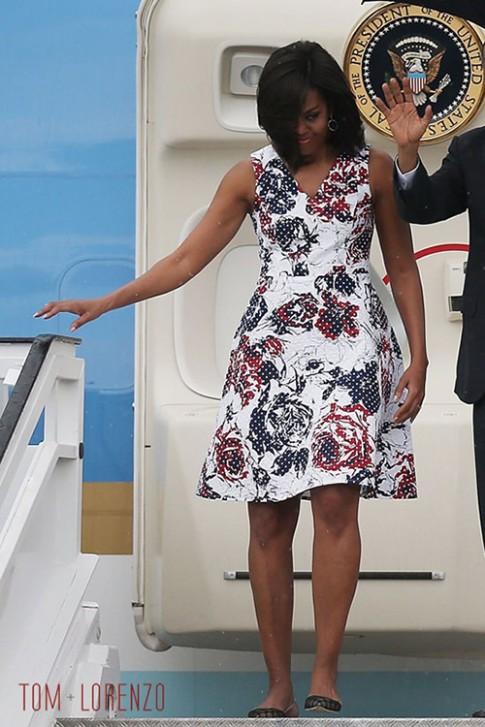 """Váy của phu nhân Obama lại """"cháy"""" hàng"""