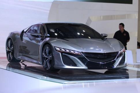 Việt Nam Motor Show 2014 - cuộc trình diễn xe nhập