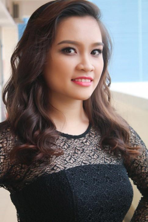 'Vua tóc' Nguyễn Duy gợi ý các mẫu tóc sành điệu cho nàng đón Xuân.