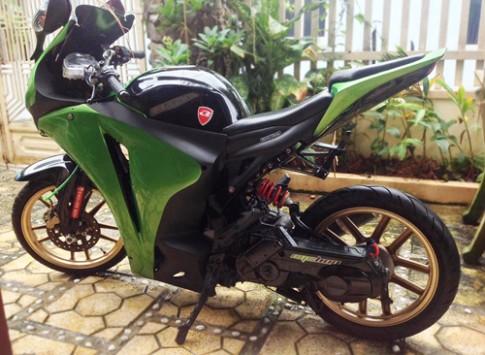 Yamaha Nouvo độ áo CBR1000RR của sinh viên Việt